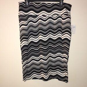 NWT Black and White Cassie Skirt
